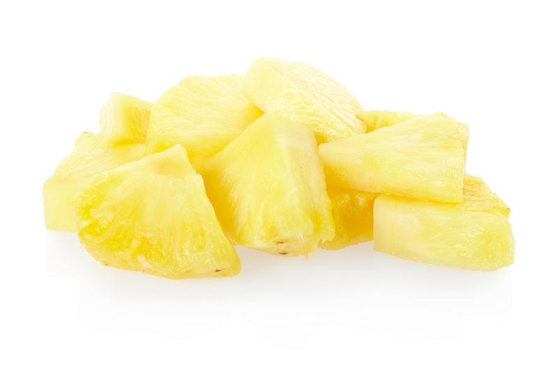 Ananas vers gesneden in blok